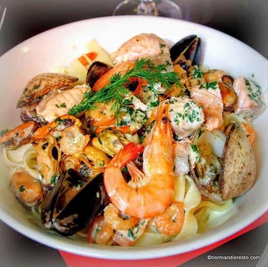 Recette des tagliatelles aux fruits de mer aux grands bassins au havre - Pates aux fruits de mer recette italienne ...