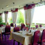 La salle du restaurant vue Seine