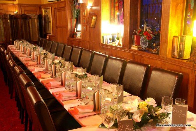 Le Cafe Restaurant Des Grands Bassins Le Havre