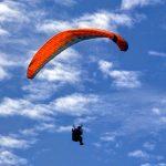 Parachute ascensionnel sur les falaises de St Jouin