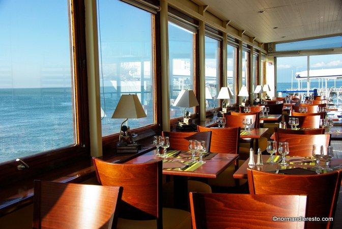 Restaurant le clapotis en bord de mer sainte adresse - Hotels de charme le treehotel en suede ...