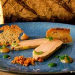 Foie gras de canard, chutney, sorbet acidulés rhubarbe, crumble de vieux parmesan à la Tablée au Havre