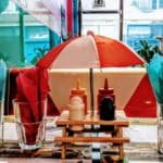 La table Kitsh d'un Américan Diner