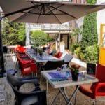 un restaurant, une terrasse à Yport