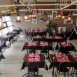 La salle du restaurant de l'Aéroport du Havre Octeville