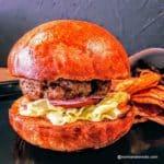 Le burger de TETA à Etretat