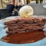 Gâteau au chocolat maison à la Fringale au Havre