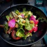 Salade de crudité de saison au restaurant Juste à Coté à St Romain